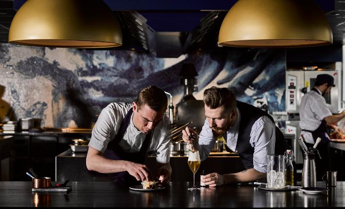 Martin Eisma & Sander Bierenbroodspot van Bluespoon Restaurant & Bar