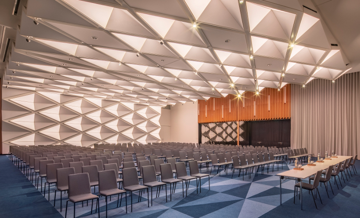Ballroom Andaz hotel Munich credits Wouter van der Sar for concrete