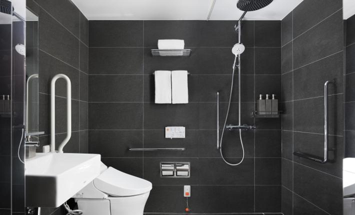 Bathroom Enso Ango Fuya ll - credits Tomooki Kengaku
