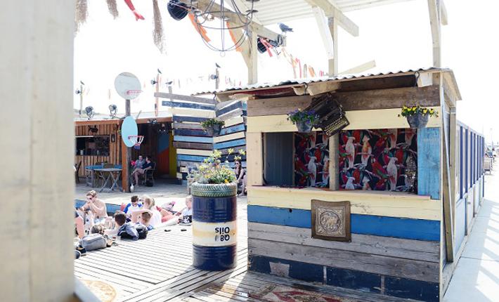 Strandpaviljoen Colorado Charlie in Scheveningen
