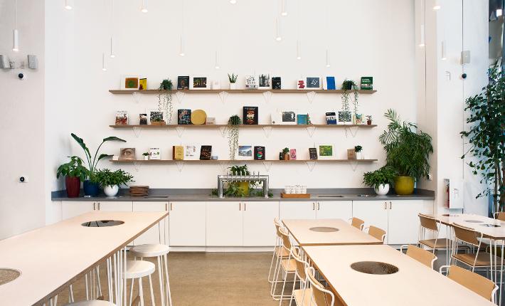 Creator Interior - Bookshelves - credits Ryan Darcy