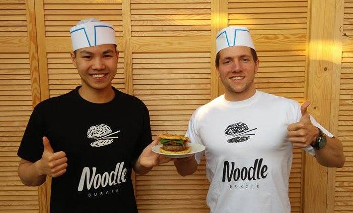 De guys van Noodle Burger HT