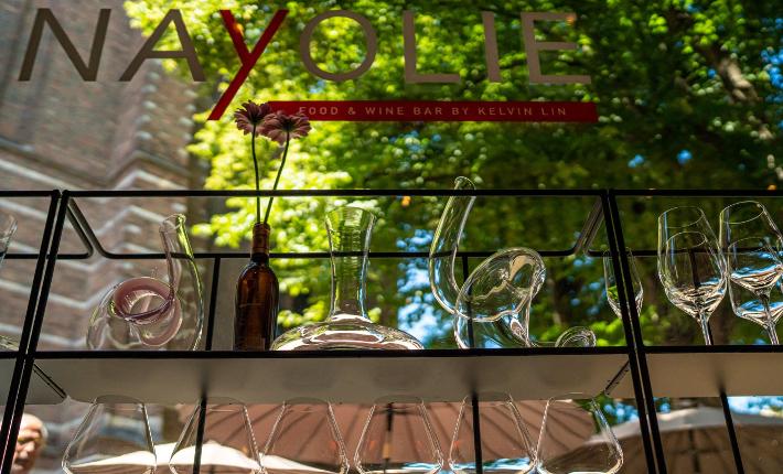 Food & Wine bar Nayolie by Kelvin Lin in Voorschoten