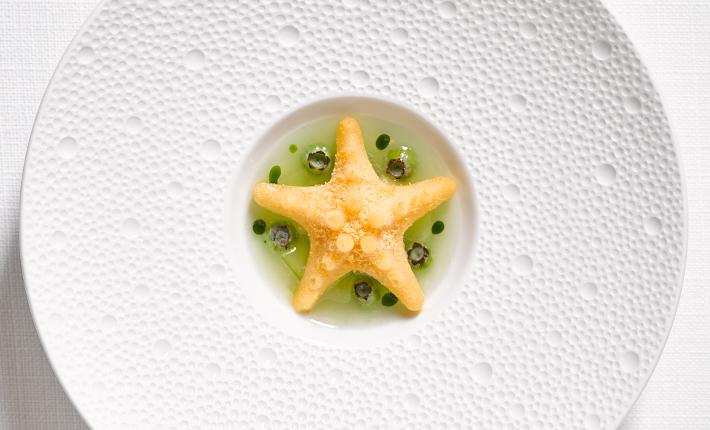 Gerecht van restaurant Bord´Eau, Zeester - credits Rinze Vegelien