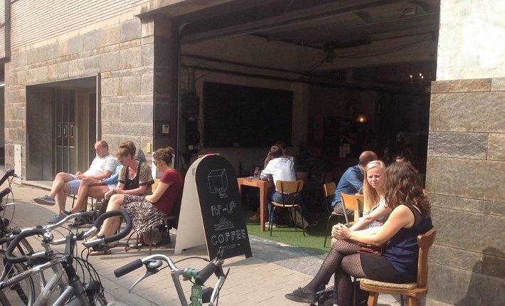 Pop-up koffiebar Black Box in Gent