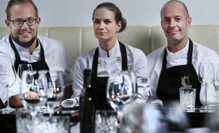 Het nieuwe keukenteam van restaurant Hemingway ht