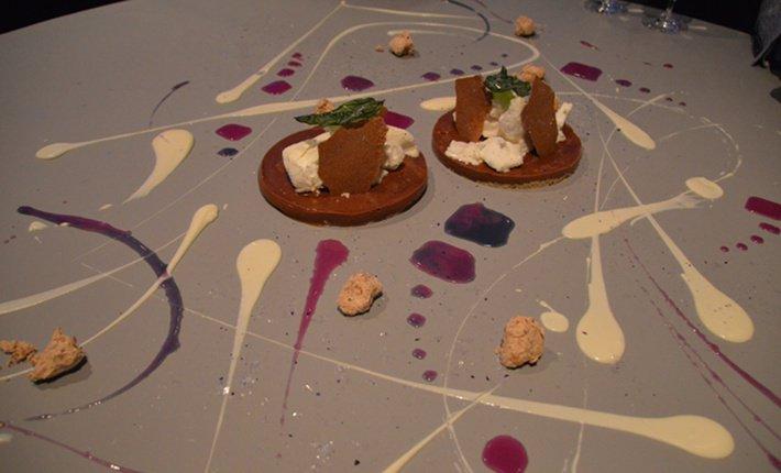 Eten bij grant achatz een feest voor alle zintuigen for Desserte alinea