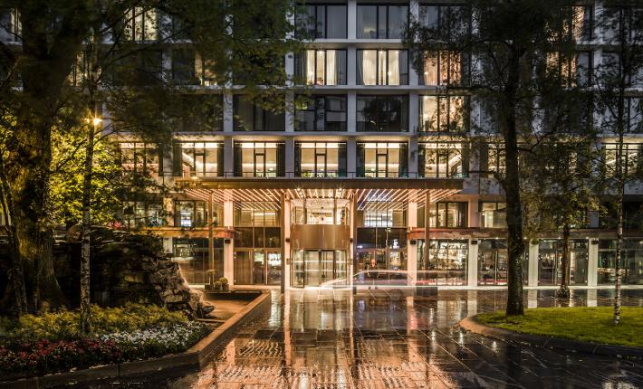 Hotel Norge entrance - credits Wouter van der Sar for concrete
