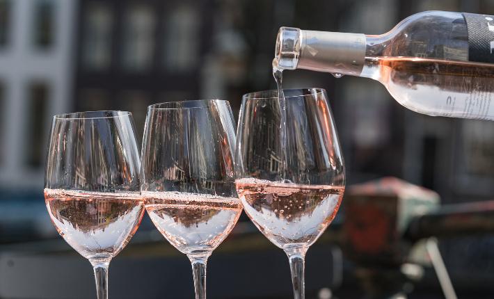 La Mascaronne rosé op het VIP deck bij het Pulitzer hotel tijdens de #CanalPride