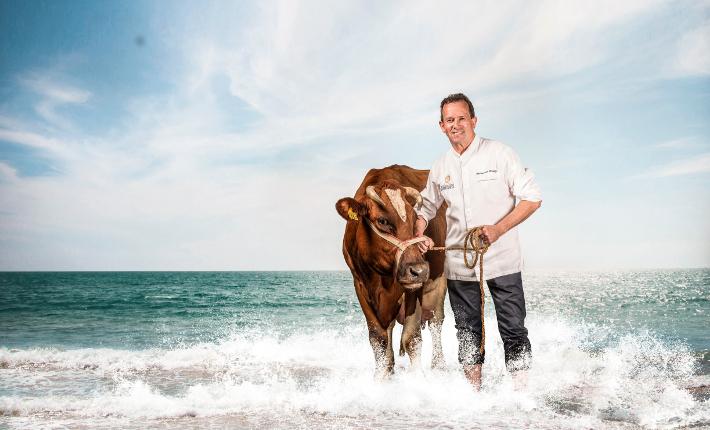 Chef Michel van Riswijk van restaurant De Bloemenbeek - Twente aan Zee