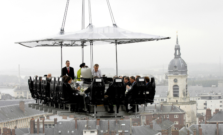 'Dinner in the Sky' Amiens