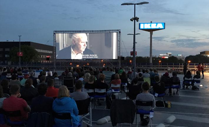 Openlucht bioscoop IKEA