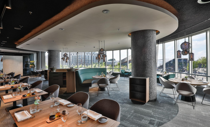 Restaurant The Millèn in het Marriott Hotel Rotterdam