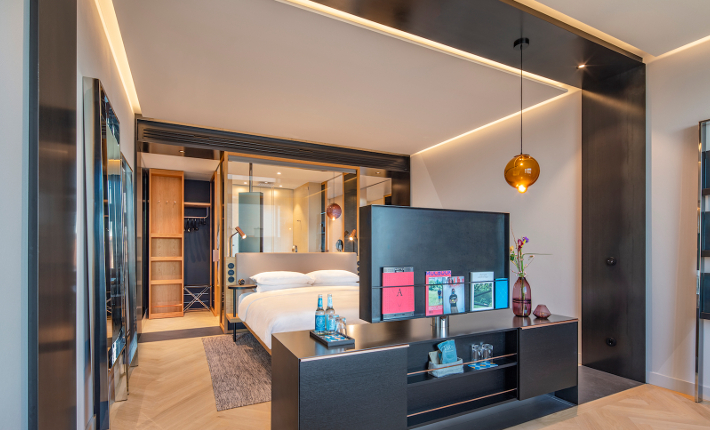 Room Andaz hotel Munich credits Wouter van der Sar for concrete