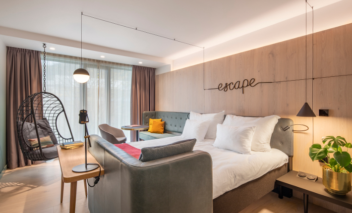 Room hotel Norge - credits Wouter van der Sar for concrete