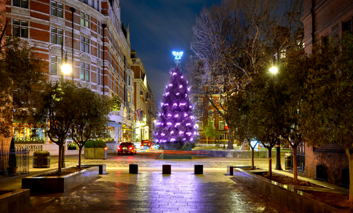 The Connaught Christmas Tree 2017 by Tracey Emin, CBE