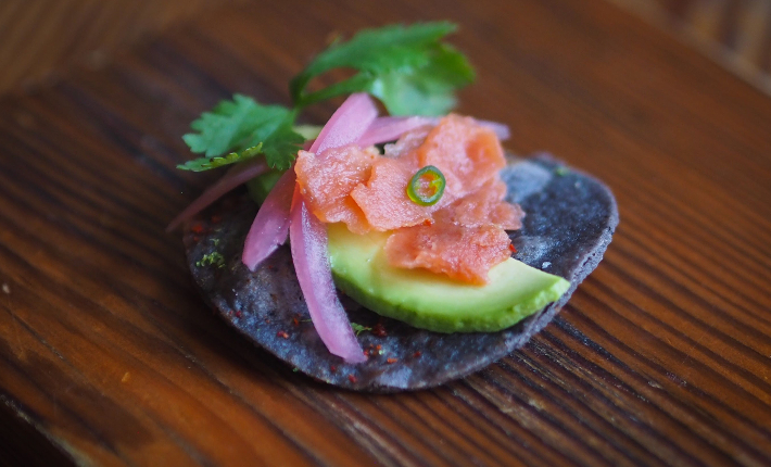 Wild Type tasting menu - Sliced salmon on a chip