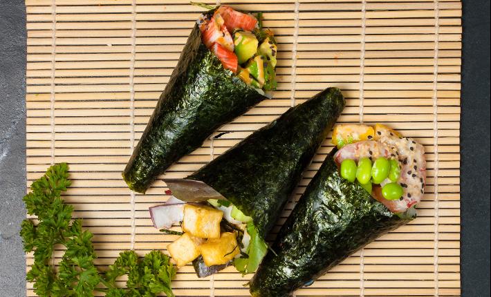 Temaki's (sushi handrolls)