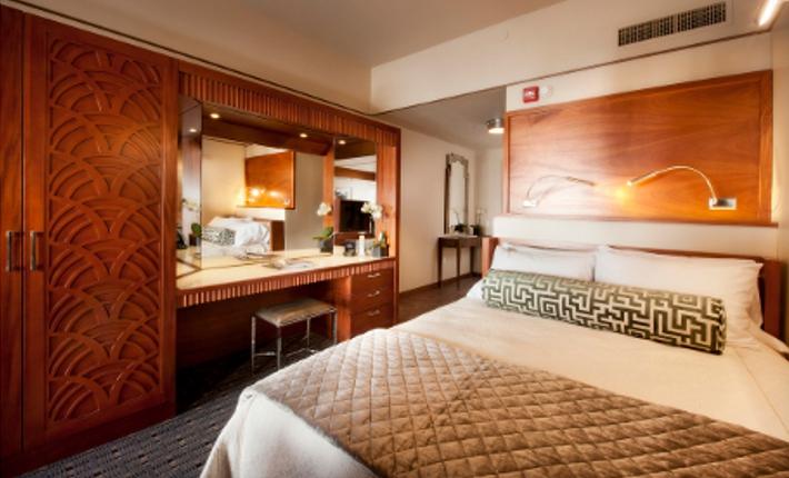 kamer Crawford hotel